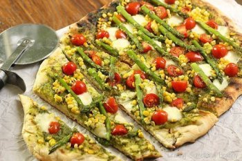 Summer Harvest Grilled Pizza|Craving Something Healthy