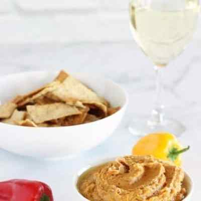 1 Minute Tuscan White Bean & Sun-Dried Tomato Dip