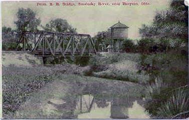 View of Sandusky River under Pennsylvania Railroad bridge between 1911-1912
