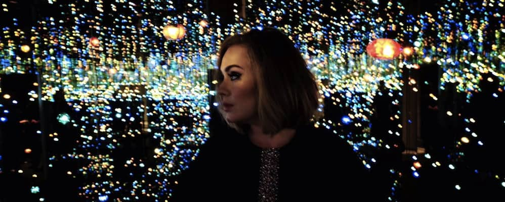 Adele Party Bus