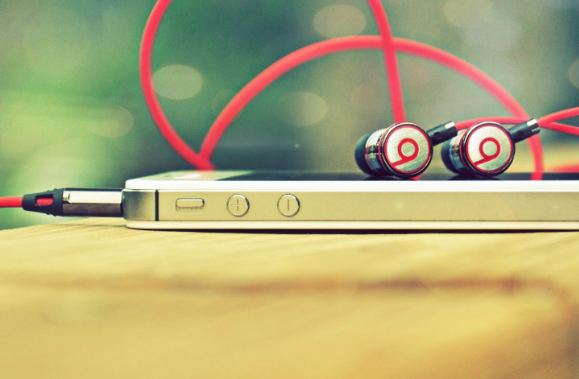 6 Powerful Tips on Choosing the best Earphones 1