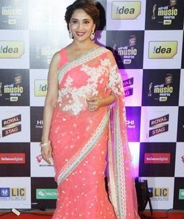 How to Wear Saree in Different Style 8