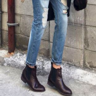 How to Wear Chelsea Boots Womens