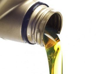 Difference between Car and Motorcycle Oils