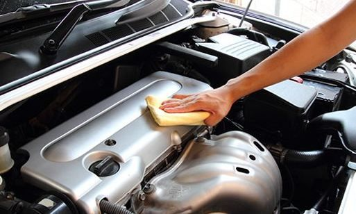 How to Clean Car Engine Without Water
