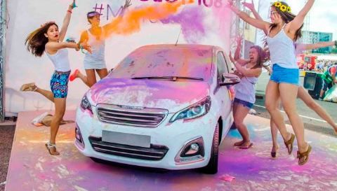 How to Remove Holi Colours from Car