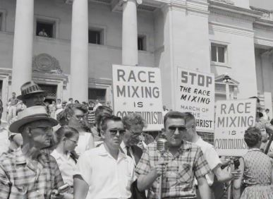 What is The Effect of Jim Crow Laws?
