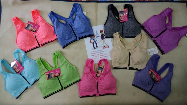 %front zipper sports bra