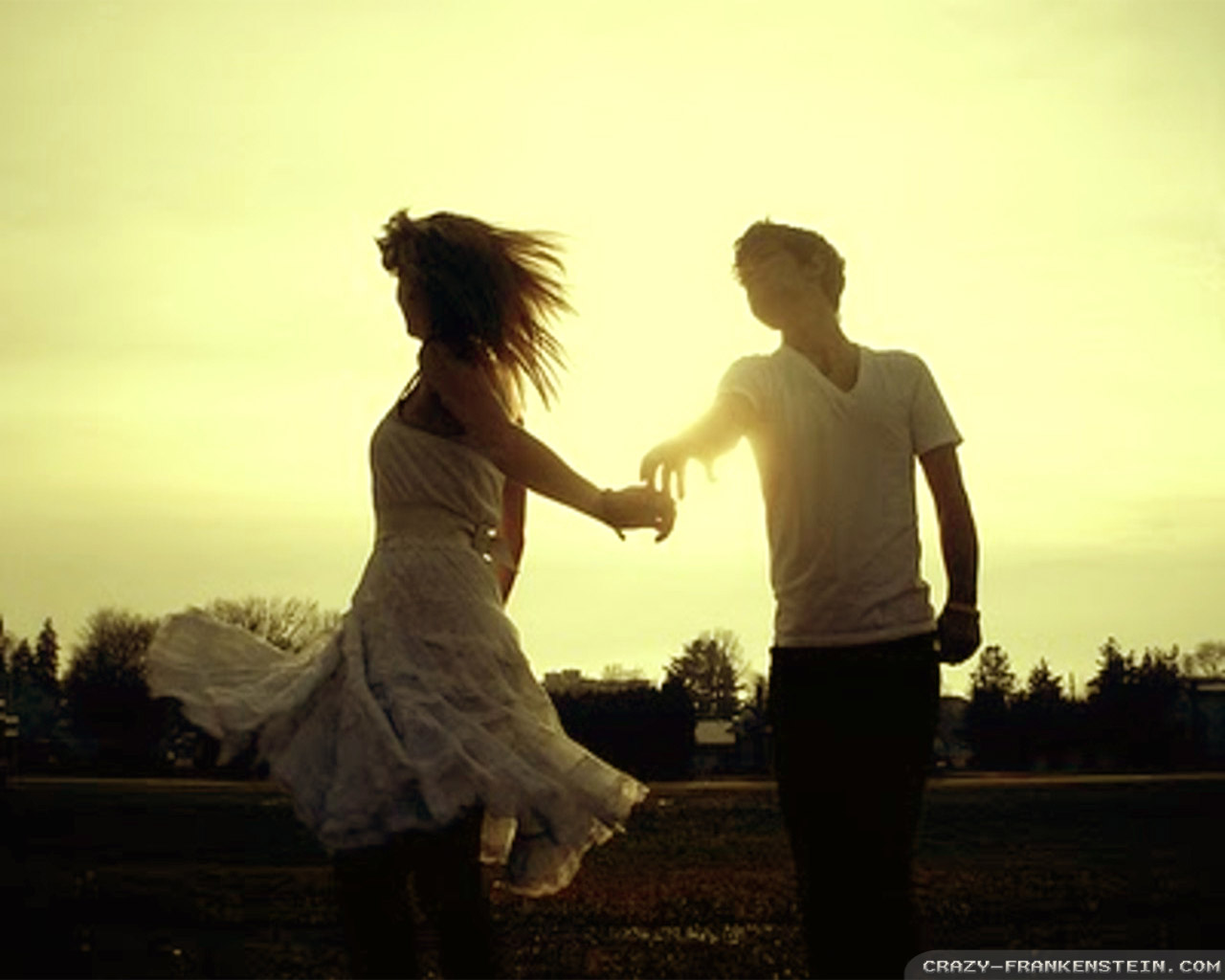 Cute Love Animations Wallpapers Romantic Dance Wallpapers Crazy Frankenstein
