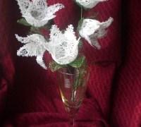 Цветы «Подснежники» своими руками из ниток