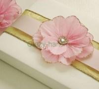 Цветок своими руками - украшаем подарок