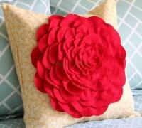 Подушка - цветок своими руками