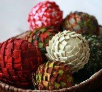 Корзина с шишками как украшение к Новогоднему столу