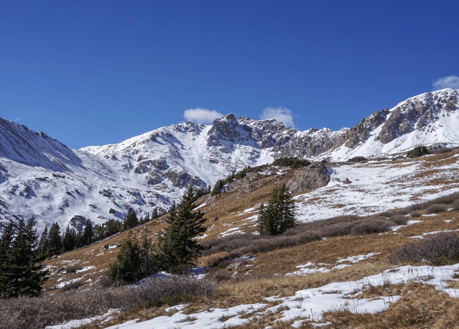 Herman Gulch Trail Adventure Into Snowcapped Mountains