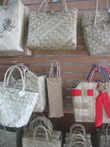 woven-bags-bulacan-pasalubong-center