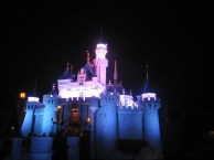 Hong-Kong-Disneyland-castle