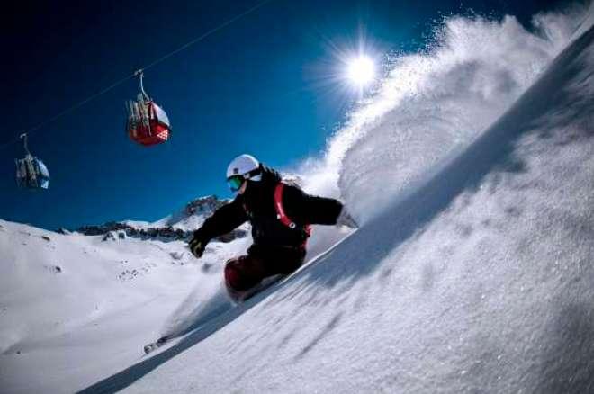 Visitantes e hóspedes têm desconto especial até o final do mês para reservas antecipadas em hotéis e apartamentos no Ski Resort.
