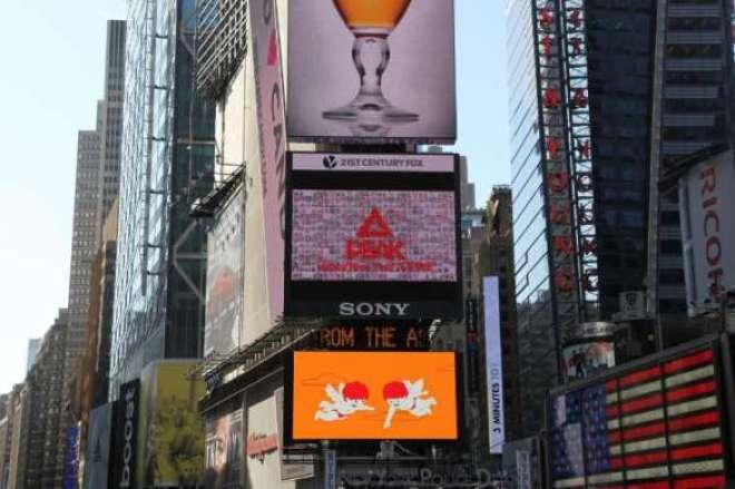 Os vídeos apresentando a saudação de Ano Novo em dialetos foram coletados do 'Going to New York with Dialects'.