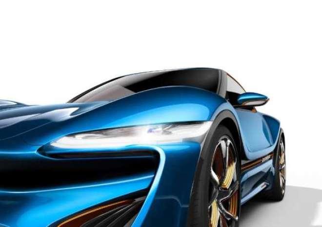 Primeiro veículo QUANT de baixa voltagem Veículo elétrico com 4x25 kW/136 hp Velocidade máxima de 200 km/h Rodas de 22 polegadas em um carro para 4 passageiros.