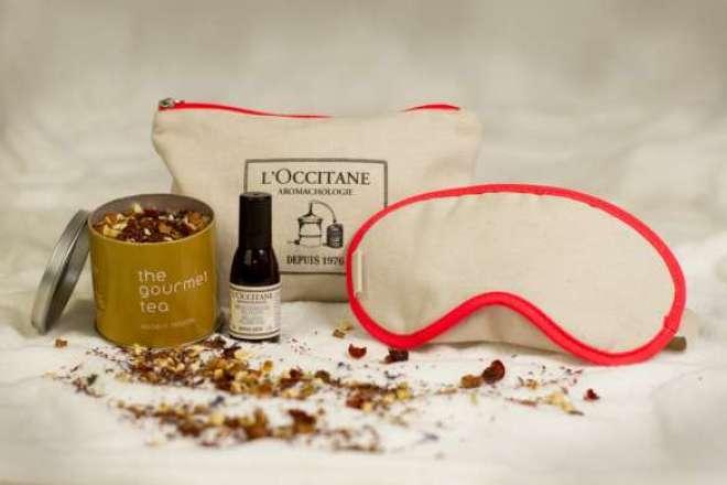 """Todos os clientes podem ganhar o """"Ritual Relaxante"""", que combina a experiência sensorial do chá Rooibos Passion com produtos de cuidados corporais de Aromacologia da marca francesa."""