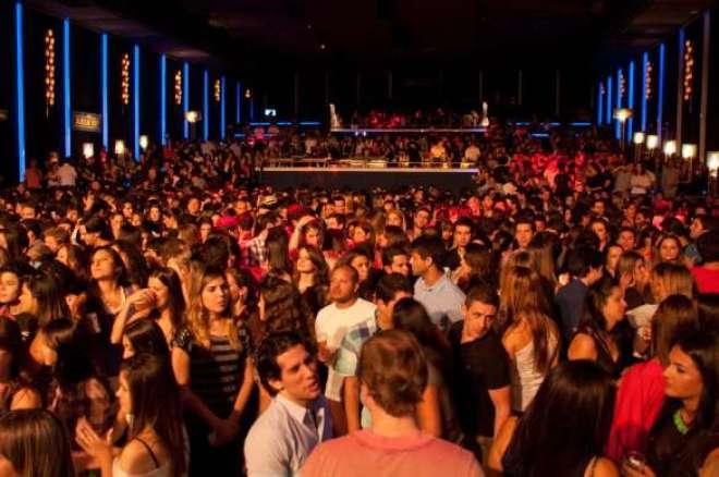 Depois de arrastar multidões em São Paulo, o Baile do Movimento ganha versão itinerante. A estreia será em Campinas.