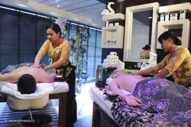 Para descansar e recarregar as energias, as mães podem também desfrutar de uma estrutura completa de relaxamento e cuidados para o corpo e a mente com o MSC Aurea SPA.