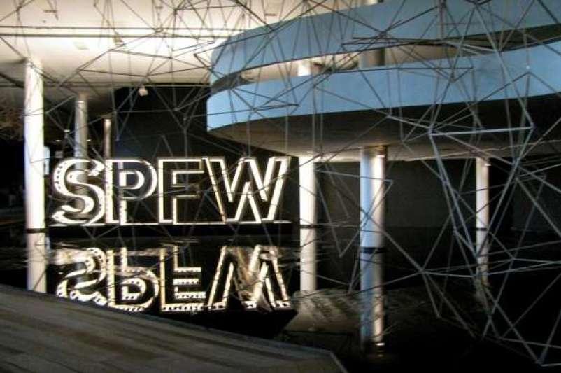 Convênio entre Sebrae e In-Mod já beneficiou mais de 1 mil pequenos negócios brasileiros e chega ampliado à segunda edição para fomentar o empreendedorismo na moda.