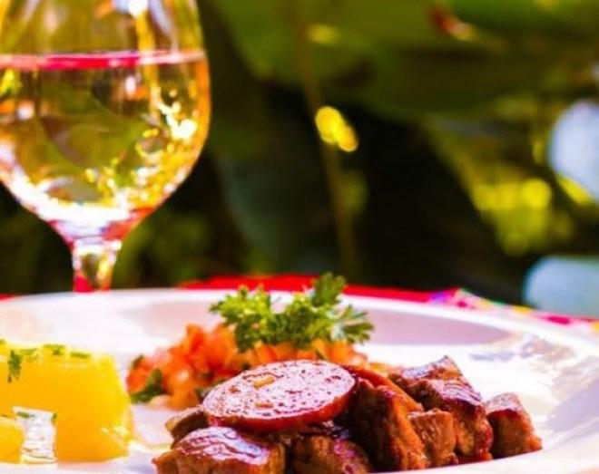 Um destino turístico que oferece inúmeras possibilidades de entretenimento e gastronomia.