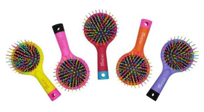 Rainbow Brush, que foi apresentada ao mercado em 2014, e se transformou em sucesso de vendas, ganha cinco novas cores em sua versão mini