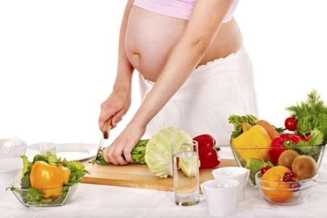 Descubra como a dieta sem carnes influencia na gestação.