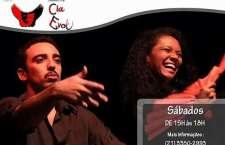 A Evoé é uma companhia formada só por amantes do teatro, com o objetivo de mostrar a arte teatral para todas as classes.