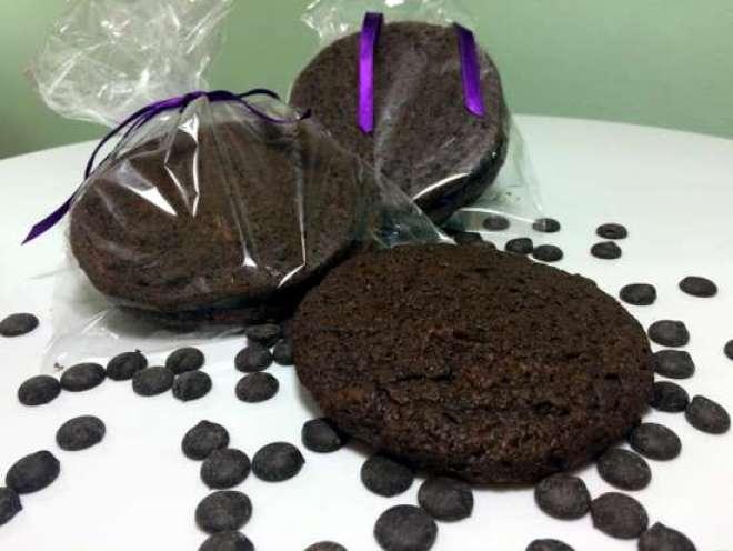 biscoito saboroso e sofisticado, rico em potássio - nutriente que garante o bom funcionamento do coração, pressão arterial, equilíbrio nos músculos e prevenção de cãibras.