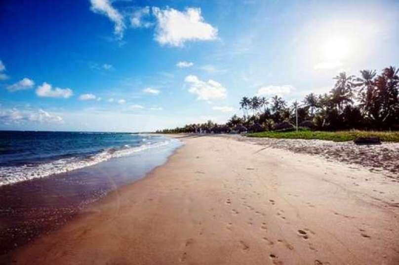 Porto de Galinhas, em Pernambuco, foi uma das praias escolhidas entre as mais atraentes para os paraguaios. (Foto: Embratur)