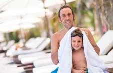 Um dos cuidados fundamentais: após nadar, seque os ouvidos com a ponta de uma toalha.
