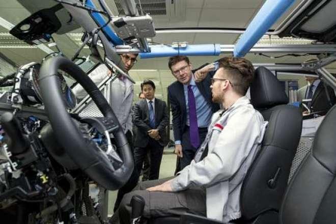 Tecnologia da Nissan permitirá que passageiros tenham uma experiência de condução autônoma em vias públicas.
