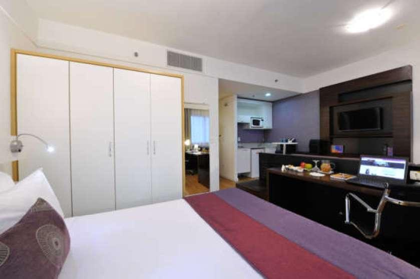 Apartamento categoria Luxo do Comfort Suites Alphaville.