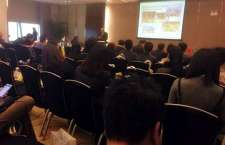 Cônsul-geral José Vicente Lessa ministra palestra, na GITF, sobre o Brasil como destino turístico.
