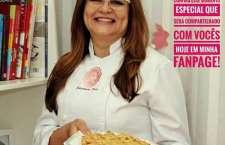 Edivânia Reis prepara uma surpresa para os consumidores e conta os segredos da Torta de Banana que está na família a três gerações.