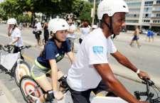Projeto que leva pessoas com deficiência visual para pedalar acontecerá no dia 28, em Niterói.