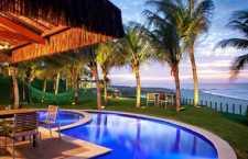 Aações conjuntas que visem a uma retomada no número de turistas internacionais nos equipamentos brasileiros.