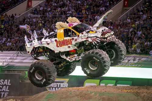 O Monster Jam, que recebe patrocínio Master do Km de Vantagens, levará os trucks para a Arena Corinthians, em São Paulo.