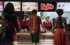 NBS lança campanha com novo posicionamento do Bob's: Relaxa e Bob's