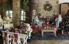 Vila Don Patto, em São Roque, recebe turistas em dezembro com muita decoração natalina, show e almoço especial