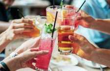 10 informações sobre a mistura de álcool e medicamentos que todo folião deveria saber