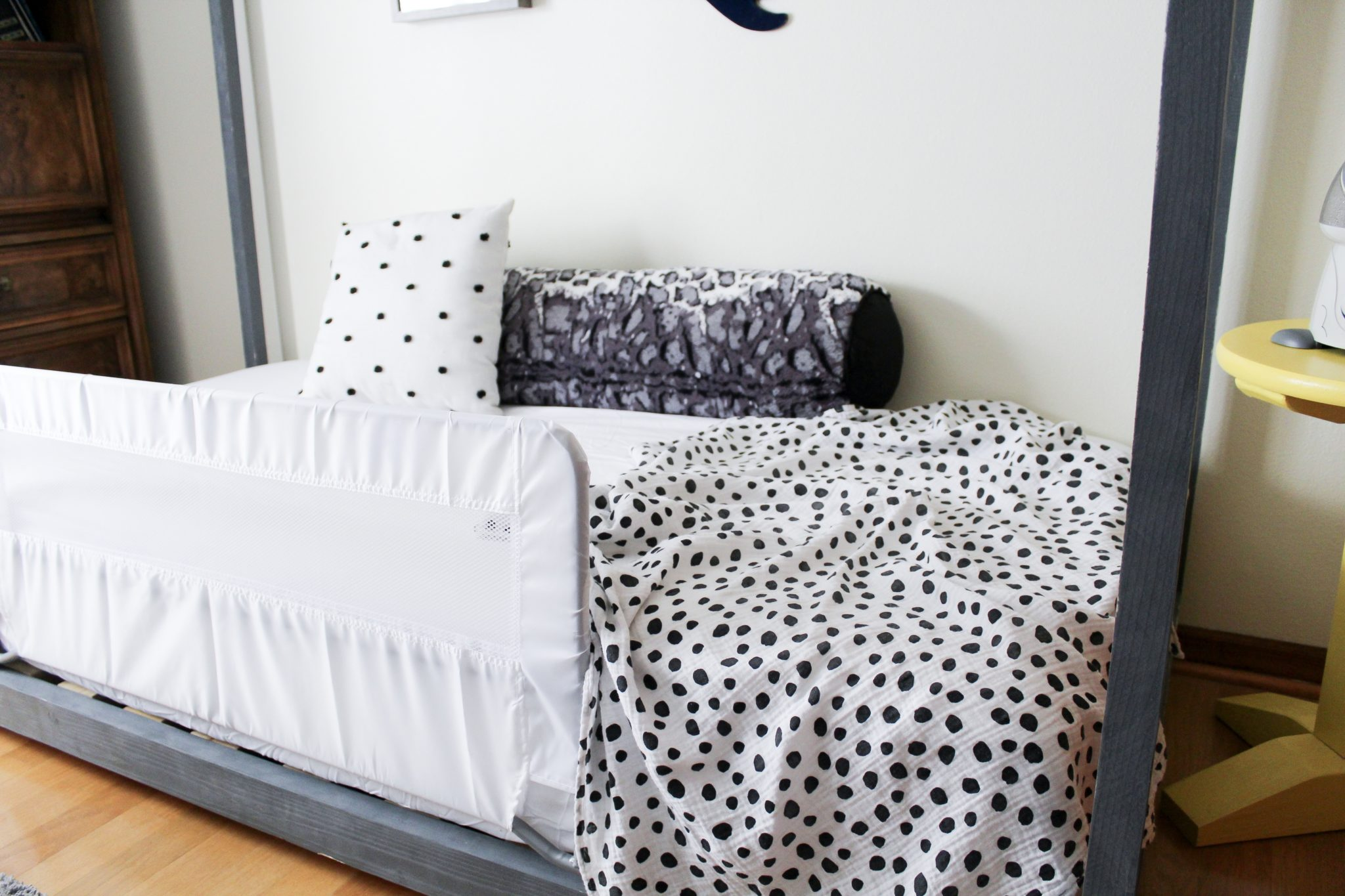 transitioning to toddler bed at 18 months, transitioned from crib, when to transition from toddler bed to twin bed, how to keep toddler in bed, transition to toddler bed supernanny, when do i convert crib to toddler bed, co sleeping to toddler bed, toddler climbing out of crib, toddler bed age limit