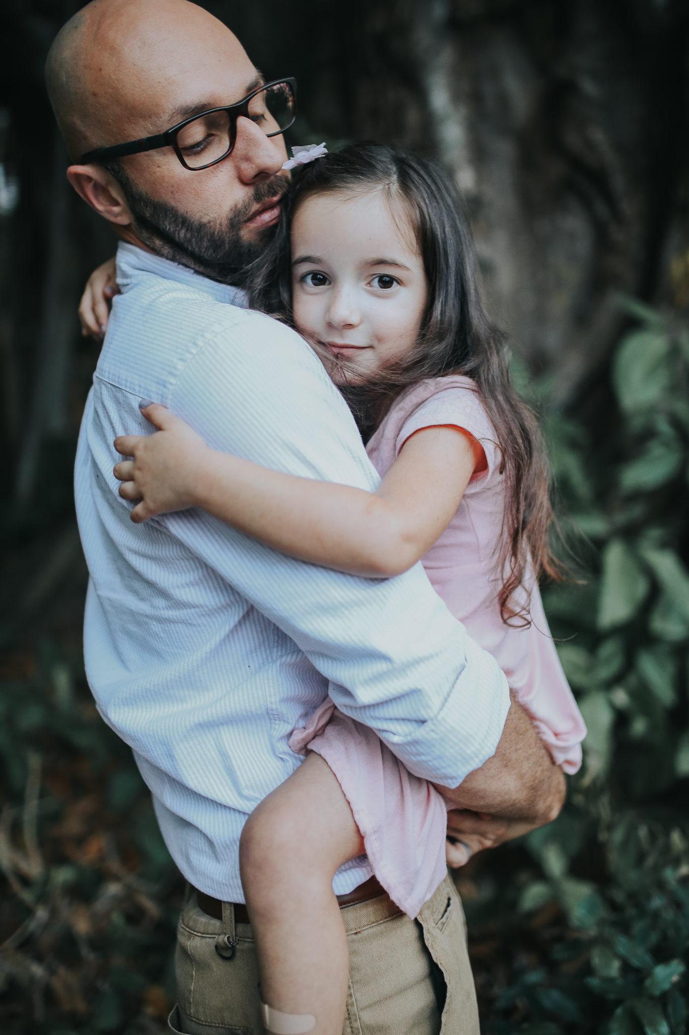 #familyphotos family pictures ideas, family pictures outfits, family pictures with baby, family pictures near me, fall family photos