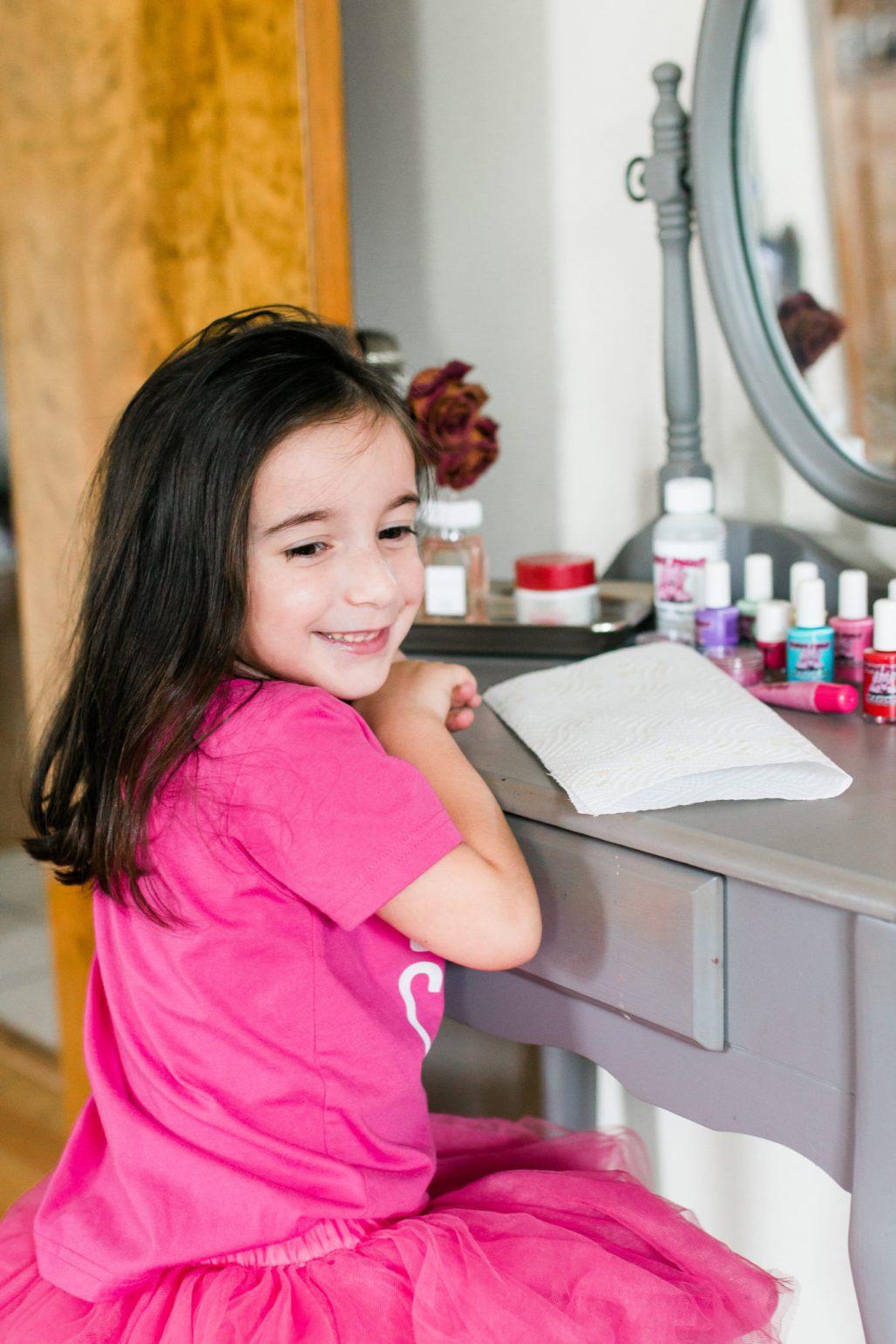 Natural, kid safe, non-toxic nail polish for kids of all ages, Piggy Paint Natural nail polish