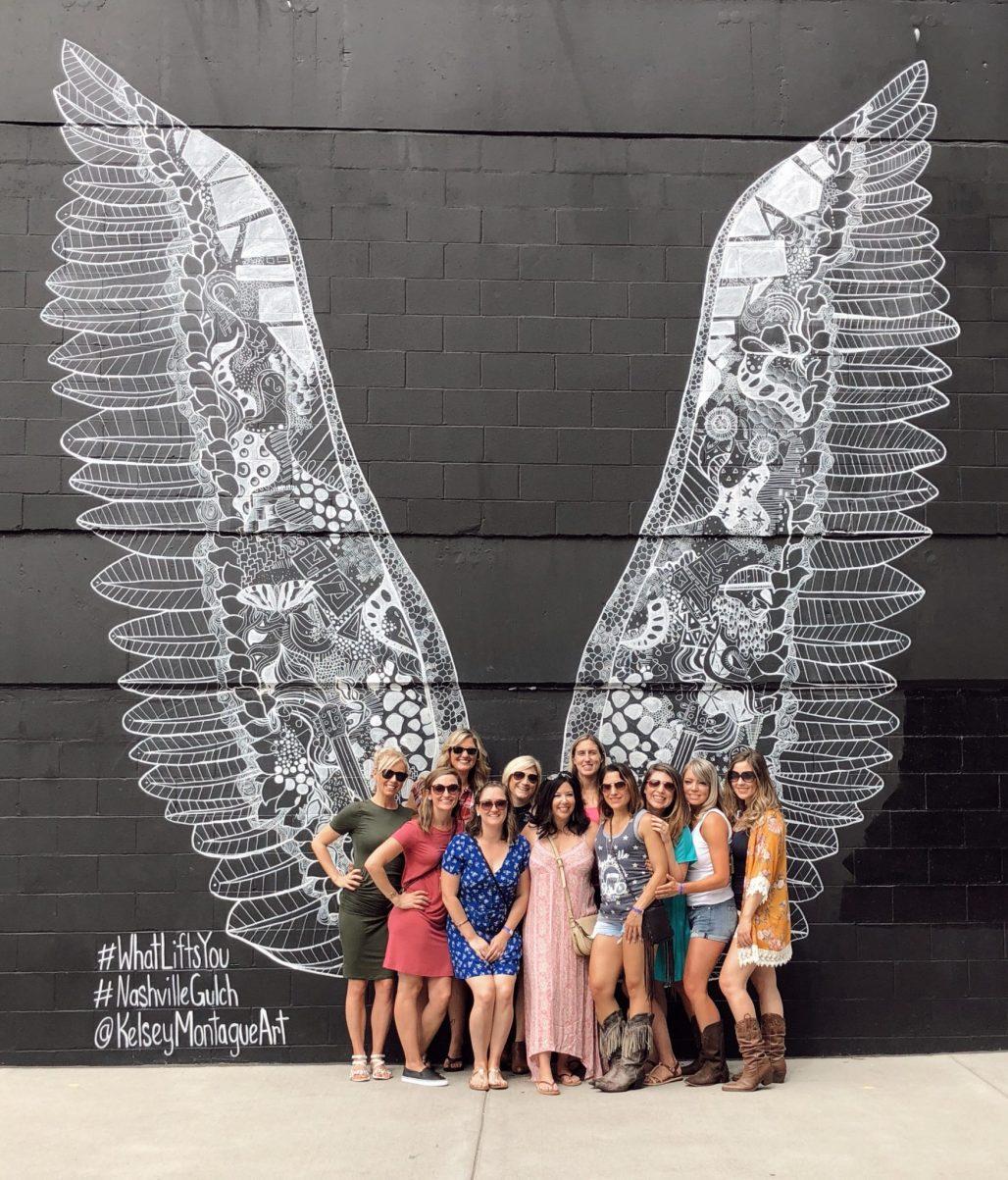 #Visitnashville, nashville hot chicken, nashville airbnb, nashville broadway, nashville bachelorette party, nashville downtown, nashville entertainment, nashville gulch