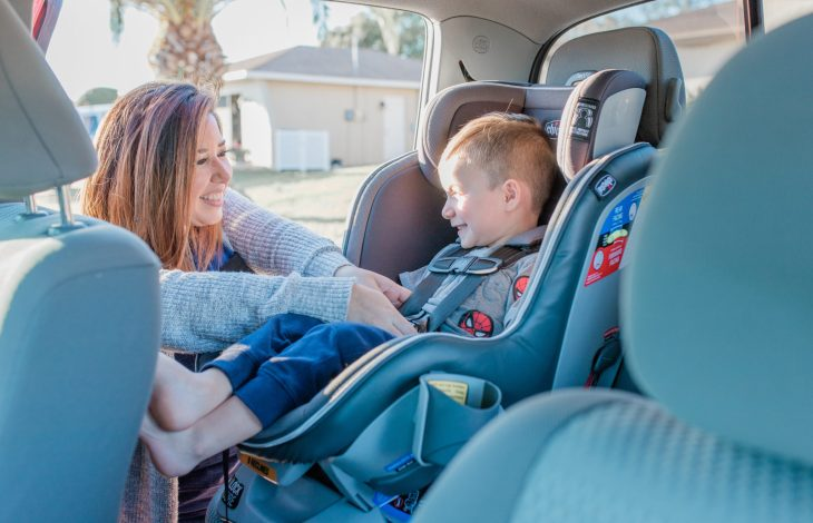 5 TIPS FOR TRAVELING WITH KIDS IN CAR SEATS