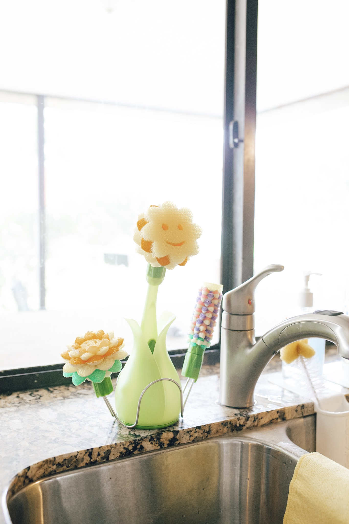 3 QUICK TIPS FOR SPRING CLEANING AND HOME RENOVATION - Lifestyle and Mom blogger Crazy Life with Littles